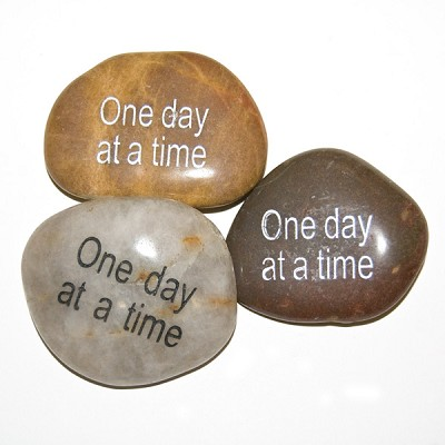 Inspiration Stones - One day at a time (6)