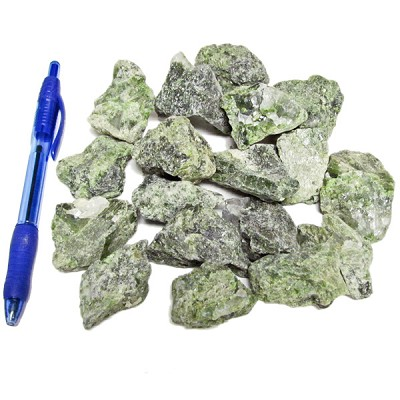Mineral and Fossil Treasures - Diopside (Size 2) (18 pcs)
